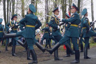 Kremlin's honour guards